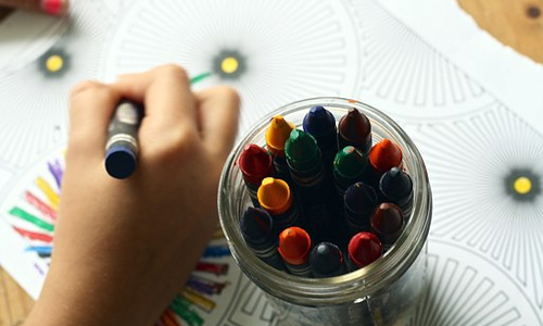 preschool activity crayons - 6 Preschool Activity Ideas for the Classroom